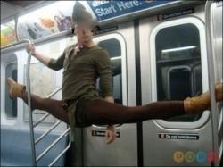 Чудики в метро + фото под катом