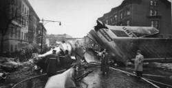 Авиакатастрофа в Нью-Йорке 1960 года (15 фото)