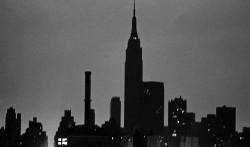 Оглянитесь на Нью-Йорк во время «затемнения» в 1977.