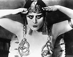 Еврейское сердце женщины-вамп. Теодосия Гудман принесла неслыханные миллионы компании FOХ