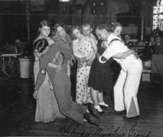 Финалисты танцевального марафона в Чикаго, 1930 год.