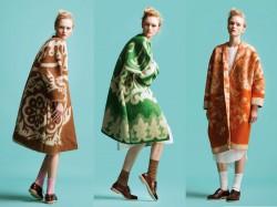 Лёгким движением руки одеяло превращается в модное пальто