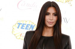 Как две капли: Двойник Ким Кардашян похожа на нее, как близнец