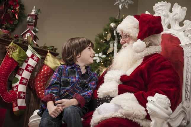 Стоит ли говорить детям правду про Деда Мороза? Мнение психологов