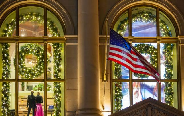 Как Нью-Йорк встречает Рождество