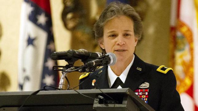 Военную академию West Point в США впервые возглавила женщина