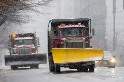 Самый сильный за 100 лет снежный шторм разбушевался в Америке не на шутку