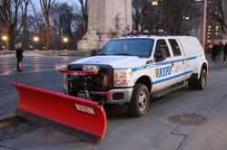 Нью-Йоркская полиция к снегу готова.