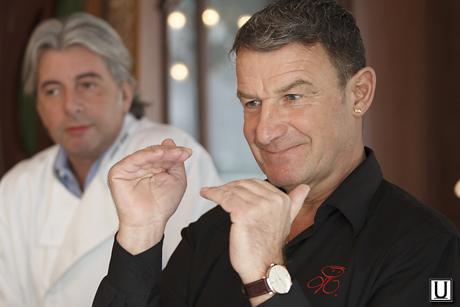Шеф-повар: 2 звезды Michelin и кавалер французского ордена des Arts et des Lettres