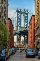 Май на улицах Нью-Йорка