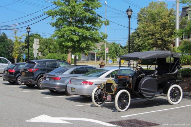 Ford Model T 1913, наши дни, Starbucks