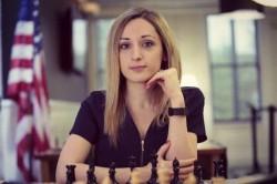 Снимаю шляпу! — Американская шахматистка отказалась надевать хиджаб на чемпионате мира в Иране