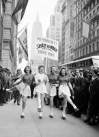 1942 год, Нью–Йорк