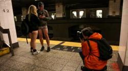 В этом году No Pants Subway Ride в Нью-Йорке состоится 8 января