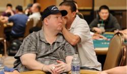 Хэл Любарски, у которого отсутствует зрение, занял 197 место на Мировой Серии Покера
