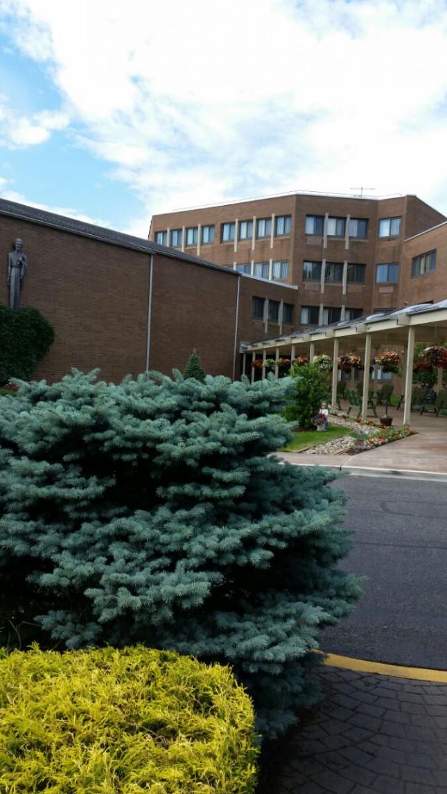 Totowa  NJ    Cкромный женский католический монастырь
