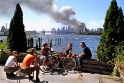 Когда вечеринка неожиданно прервалась, 11 сентября 2001 года, США