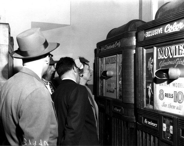 Автоматы для просмотра порнографии, 1965 год, США