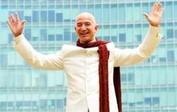 Основатель Amazon стал богатейшим бизнесменом мира