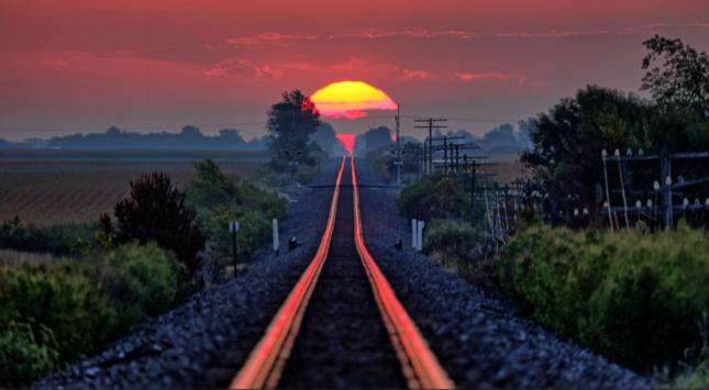 Sunrise on the Rails  Fairmount Illinois