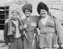 Актеры американской комедии о похищении девушки на Кавказе, 1930    CЩА
