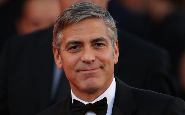 Джордж Клуни отблагодарил своих друзей, подарив каждому по миллиону