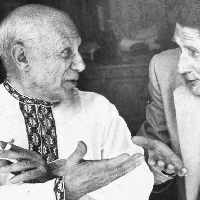Пабло Пикассо в вышиванке, 1954 год, Франция