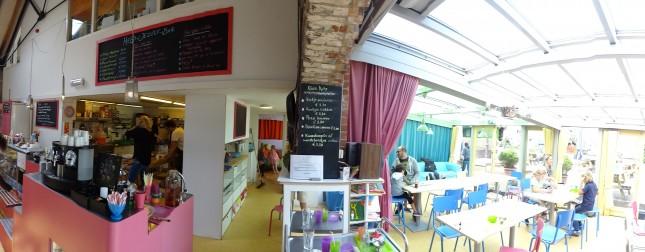 Kinderkookkafe — кафе в Амстердаме где готовят и обслуживают дети