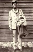 В этот день в 1920 году Почтовая служба США запретила отправлять посылками детей.