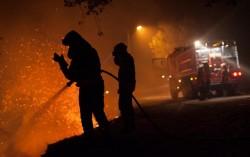 В Иране горит крупнейший в мире нефтеперерабатывающий завод